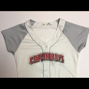 Women's majestic Cincinnati reds jersey small